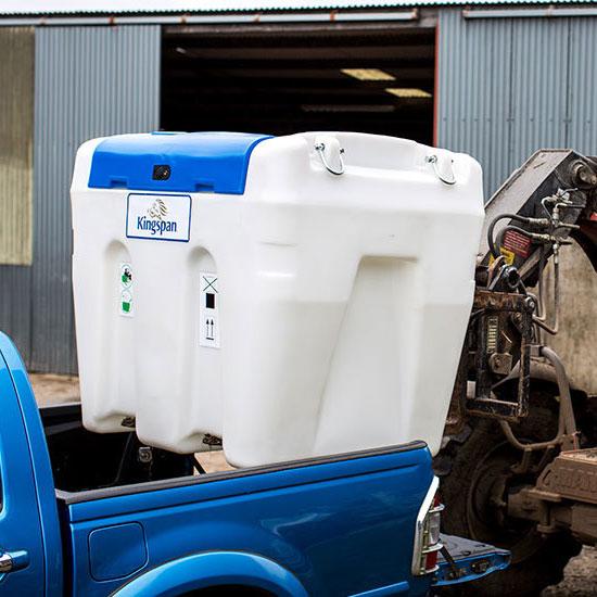 Transportabel Ad-Blue tank, enkel att lasta på t.ex. en pickup.
