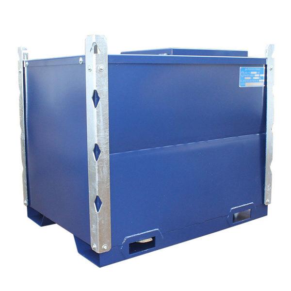 Bränsletank för både diesel och bensin, transportgodkänd TransMaster. Finns i volymer från 400 till 3000 liter. Kan förses med pump, bränslefilter, räkneverk och lås. Stabelbar kan staplas 2 st fyllda med bränsle och 3 st utan bränsle.